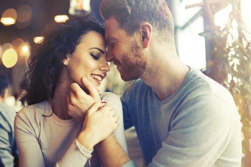 Liebe und Beziehung: Foto: © nd3000 / shutterstock / #533093401
